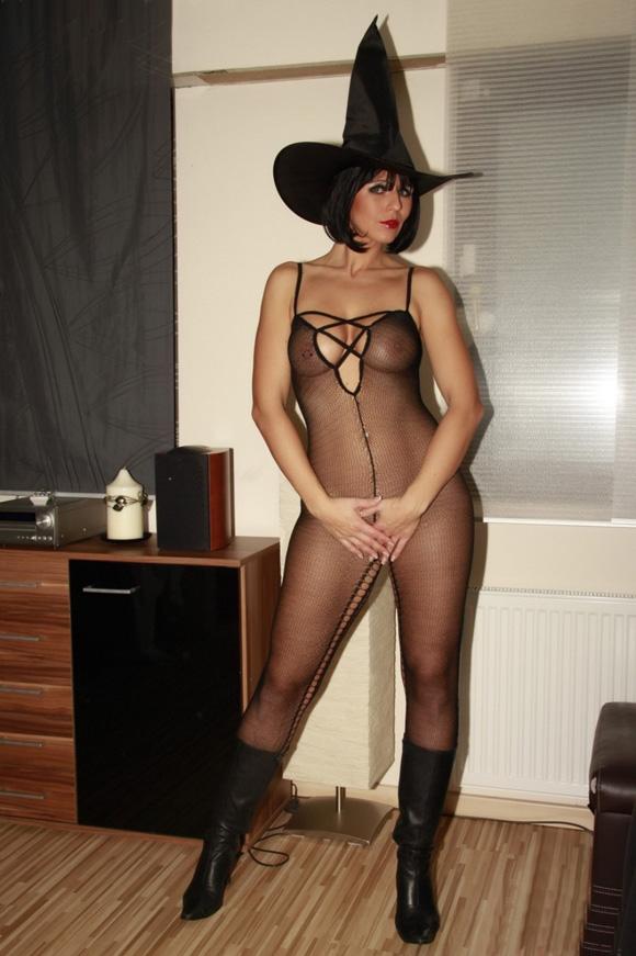 Gemma atkinson cameltoe upskirt pokies