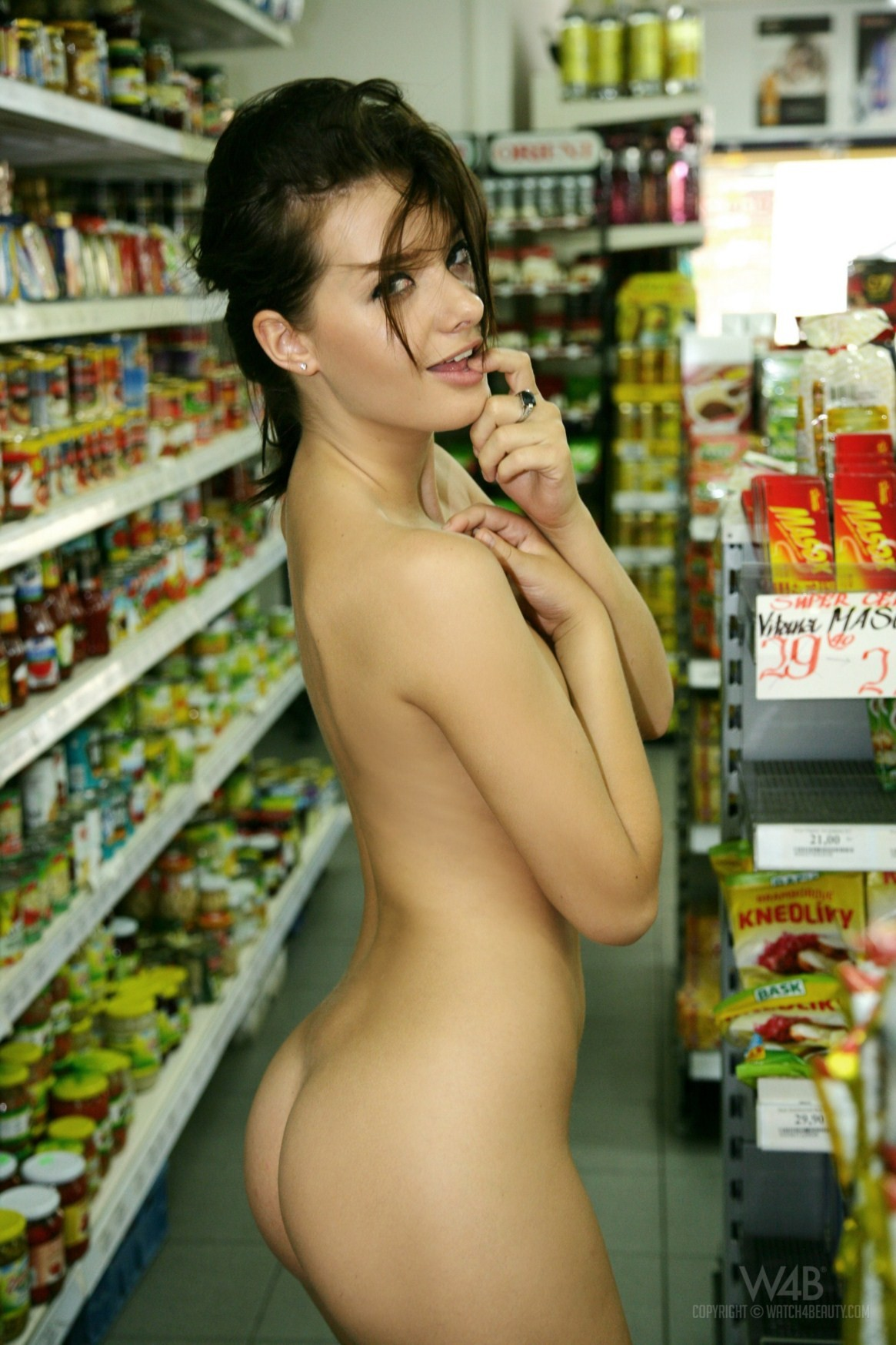 Magnificent girls nude grocery shopping