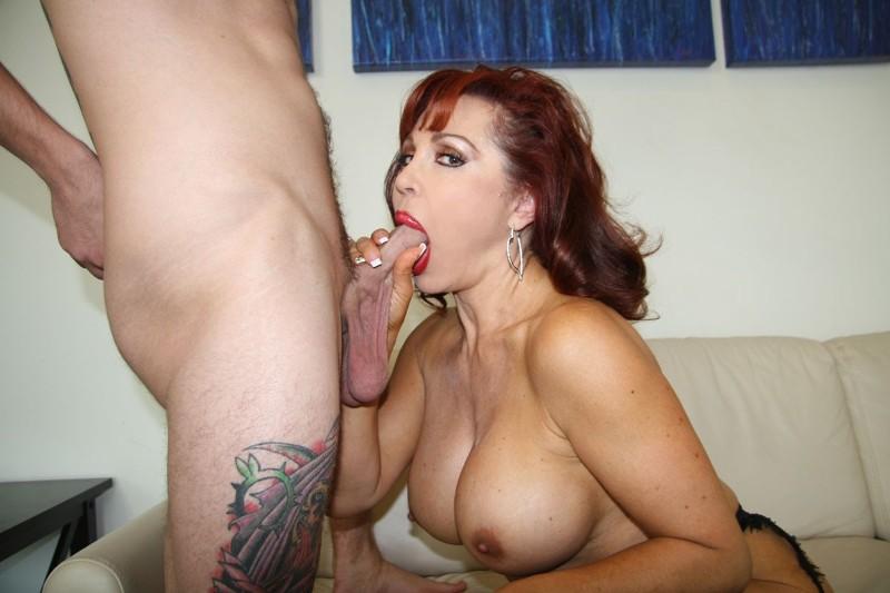 Free hi res babe porn pics