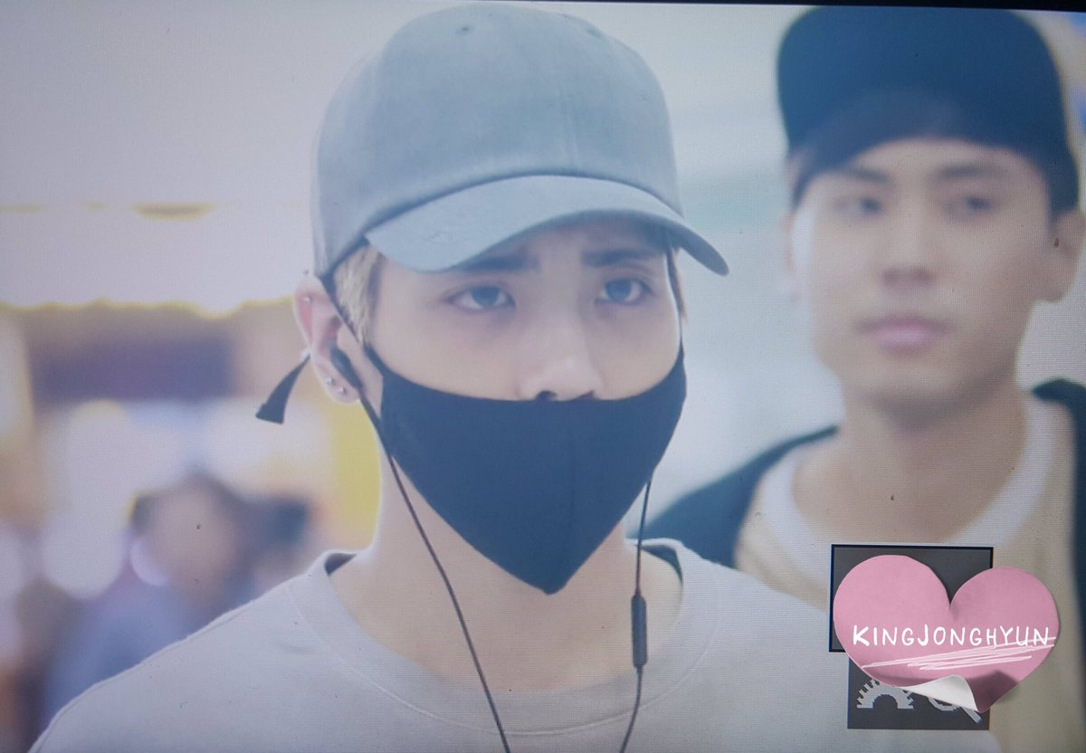 [IMG/160715] Jonghyun, Key @ Aeropuerto Incheon hacia Japón. AG8RbV42