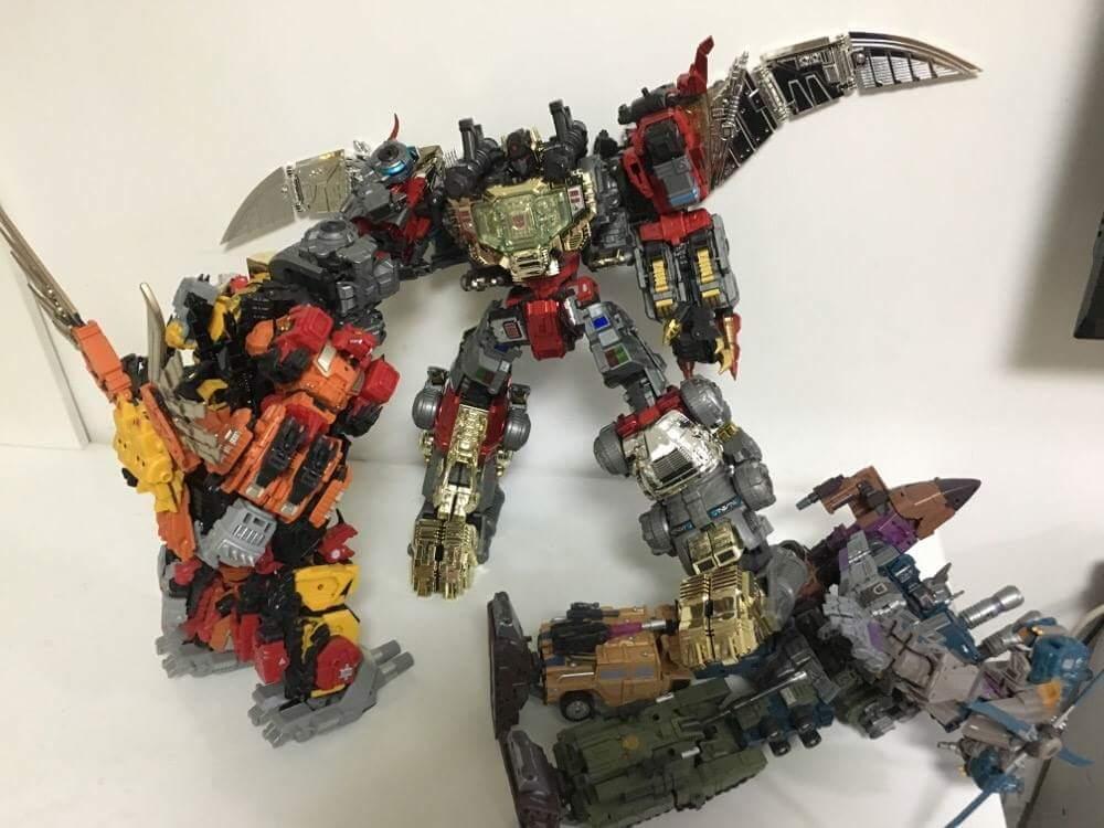 [GCreation] Produit Tiers - Jouet ShuraKing - aka Combiner Dinobots - Page 6 H25rXMsC