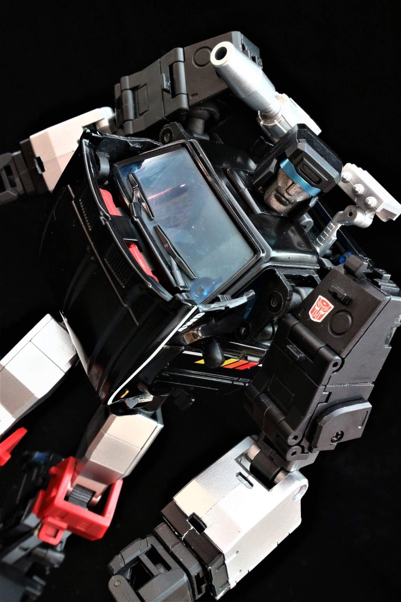 [BadCube] Produit Tiers - Jouet OTS-11 Speedbump - aka Trailbreaker/Glouton - Page 2 AuE18l6x