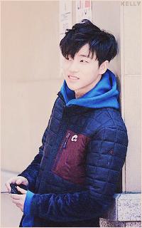 Kim Jin Hwan (IKON) NE6PfZCn