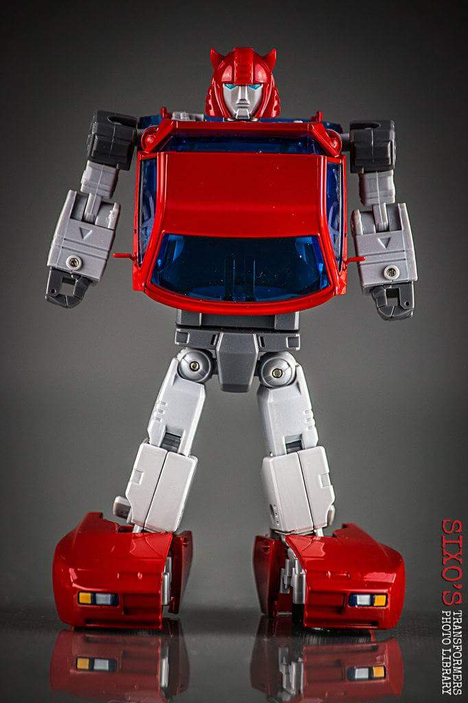 [ACE Collectables] Produit Tiers - Minibots MP - ACE-01 Tumbler (aka Cliffjumper/Matamore), ACE-02 Hiccups (aka Hubcap/Virevolto), ACE-03 Trident (aka Seaspray/Embruns) BMRPA2Ud