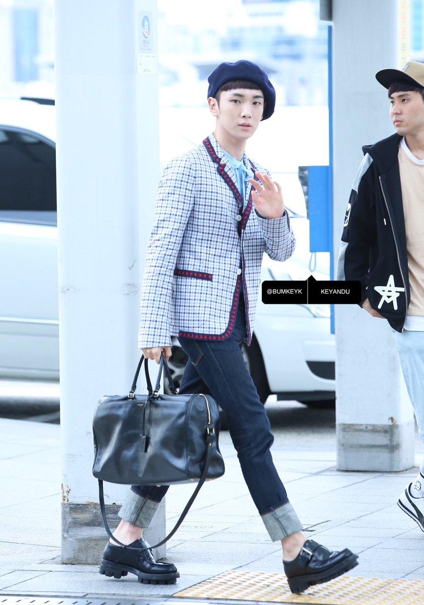 [IMG/160715] Jonghyun, Key @ Aeropuerto Incheon hacia Japón. 1Q3o0VBM