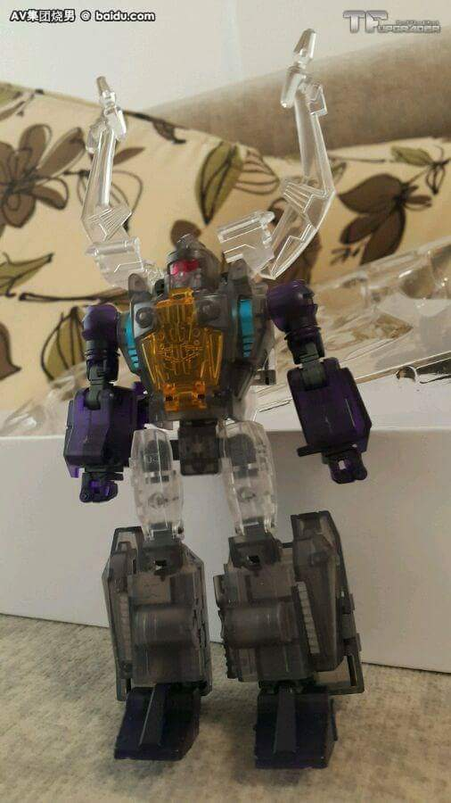 [BadCube] Produit Tiers - Jouet OTS-05 Claymore / OTS-06 Hypno / OTS-07 Kickbutt - aka Insecticons - Page 3 IjEGR8fR