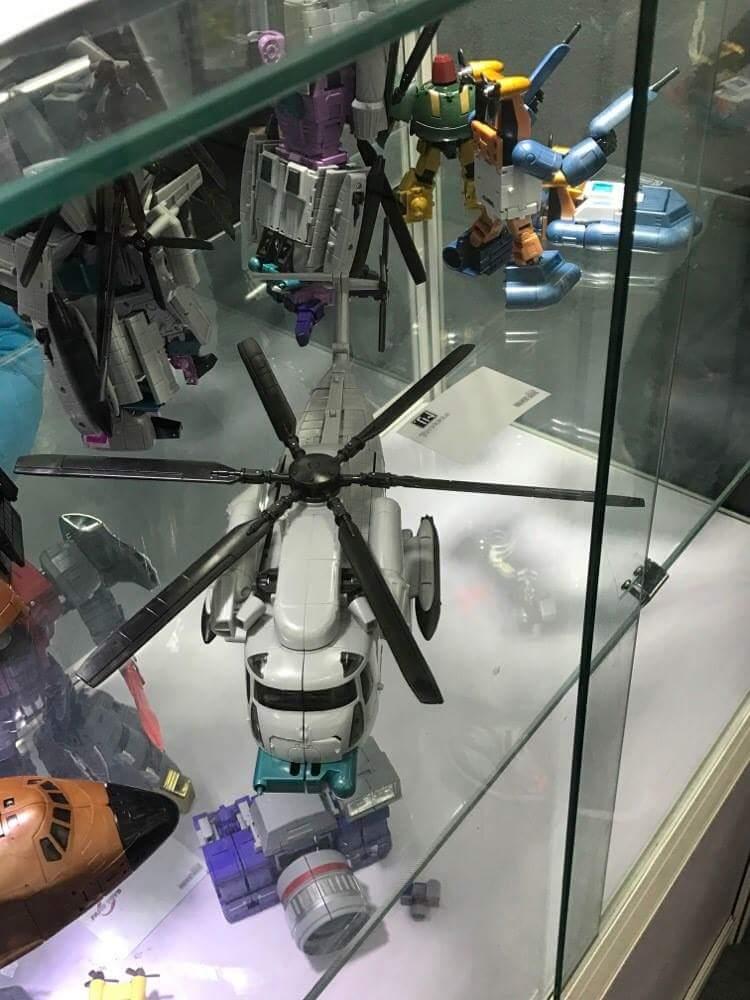 [Zeta Toys] Produit Tiers - Armageddon (ZA-01 à ZA-05) - ZA-06 Bruticon - ZA-07 Bruticon ― aka Bruticus (Studio OX, couleurs G1, métallique) Kb42LCZf