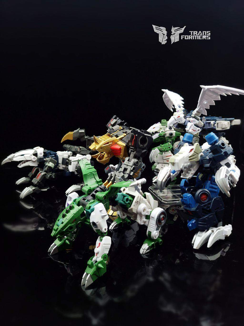[FansProject] Produit Tiers - Jouet Saurus Ryu-oh aka Dinoking (Victory) | Monstructor (USA) - Page 2 F8dxsJqn