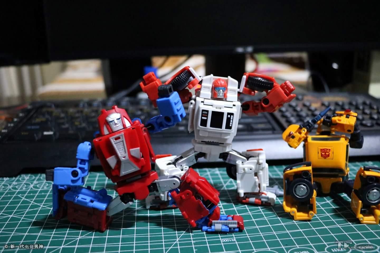 [BadCube] Produit Tiers - Minibots MP - Gamme OTS - Page 5 1dnibuxP