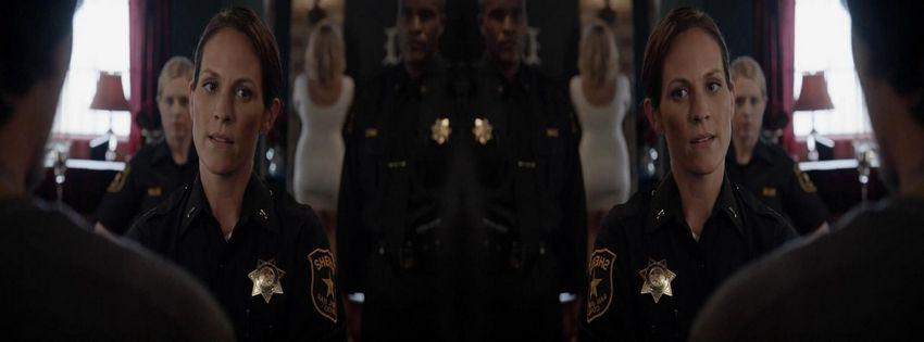 2014 Betrayal (TV Series) HlzSuTcR