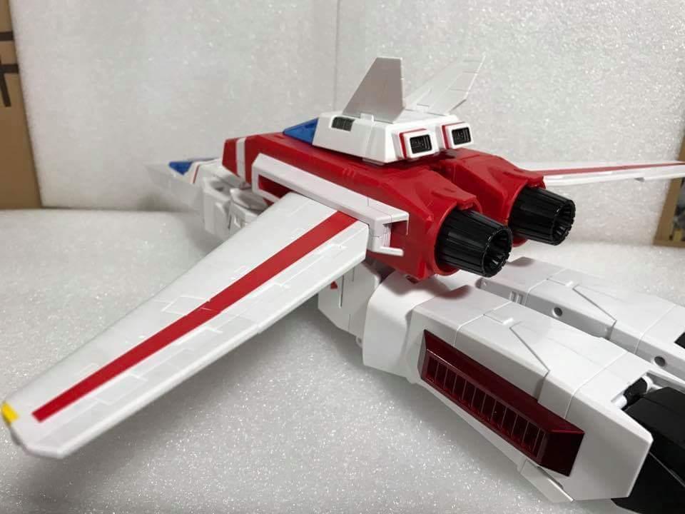 [Fanstoys] Produit Tiers - Jouet FT-10 Phoenix - aka Skyfire/Aérobo - Page 3 AyKnq0F1