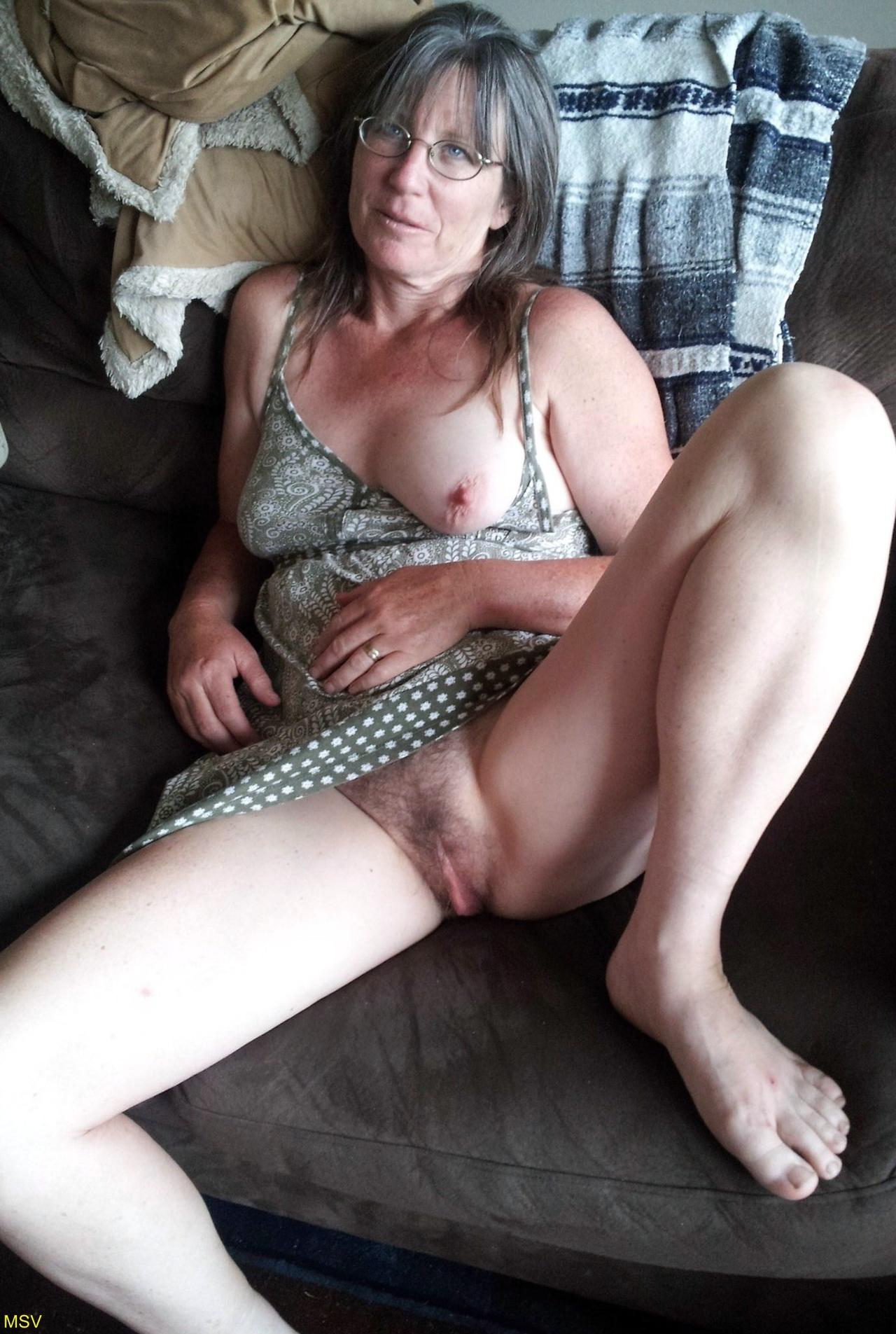 Mi perrita de la nelly masturbandose para mi - 2 part 10