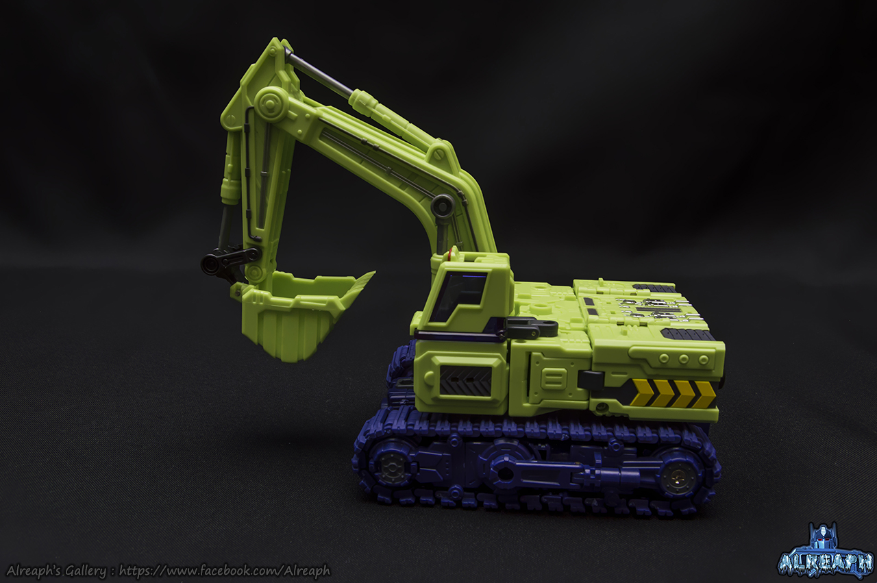 [Toyworld] Produit Tiers - Jouet TW-C Constructor aka Devastator/Dévastateur (Version vert G1 et jaune G2) - Page 7 OuDzol5R