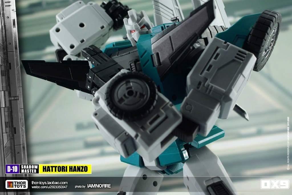[DX9 Toys] Produit Tiers - Jouet D10 Hanzo - aka Sixshot/Hexabot - Page 2 RVozy0pE