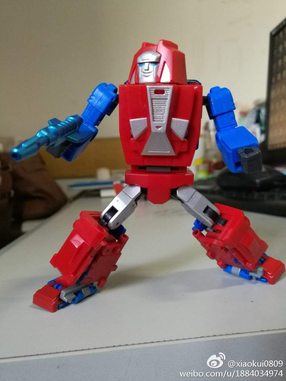 [BadCube] Produit Tiers - Minibots MP - Gamme OTS - Page 6 KRVrRcMa