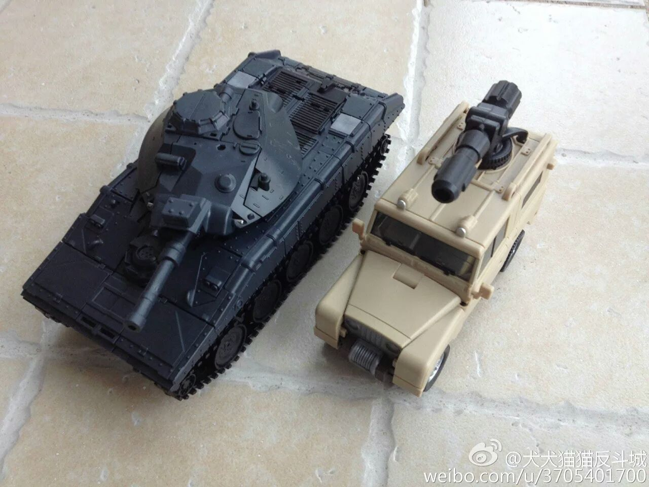 [BadCube] Produit Tiers - Minibots MP - Gamme OTS - Page 2 LDYyllh4