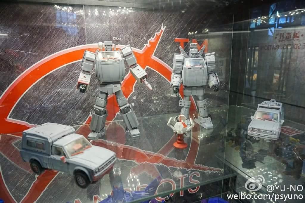 [X-Transbots] Produit Tiers - Jouet MX-VIII Aegis - aka Trailbreaker/Glouton 1BbCyYgT