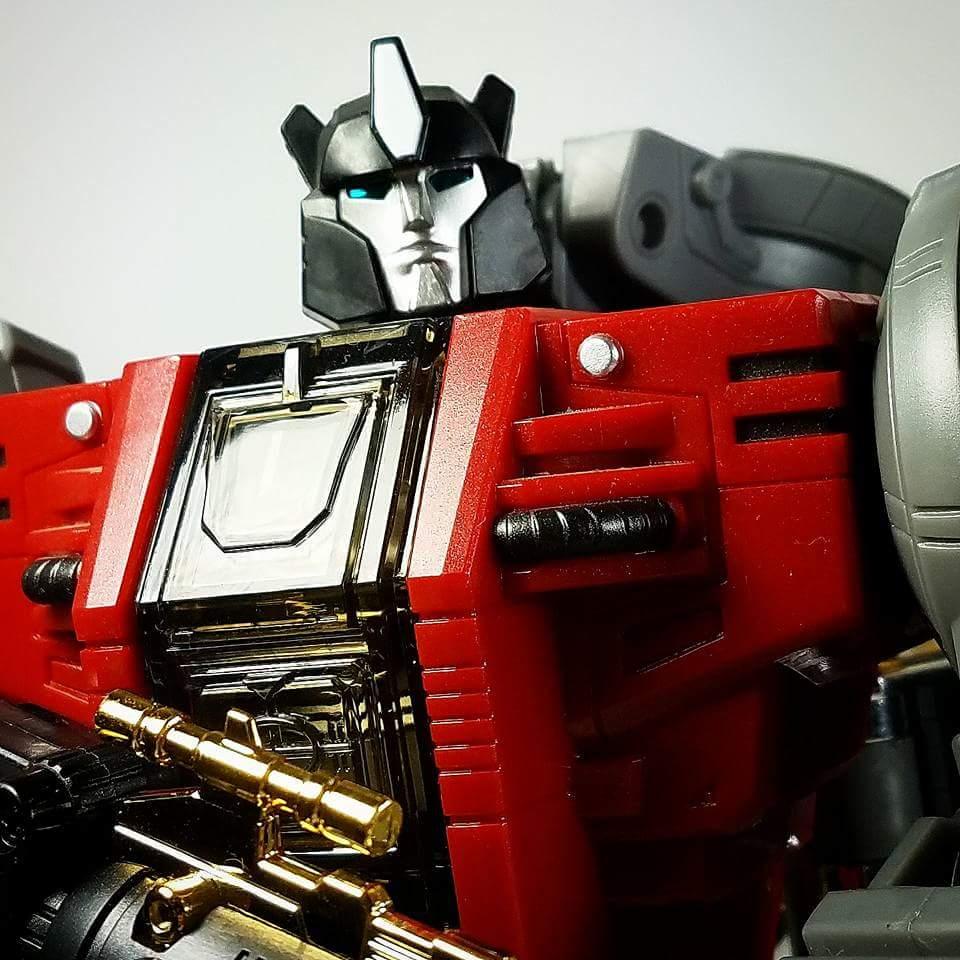 [Fanstoys] Produit Tiers - Dinobots - FT-04 Scoria, FT-05 Soar, FT-06 Sever, FT-07 Stomp, FT-08 Grinder - Page 9 YEXGL0V3