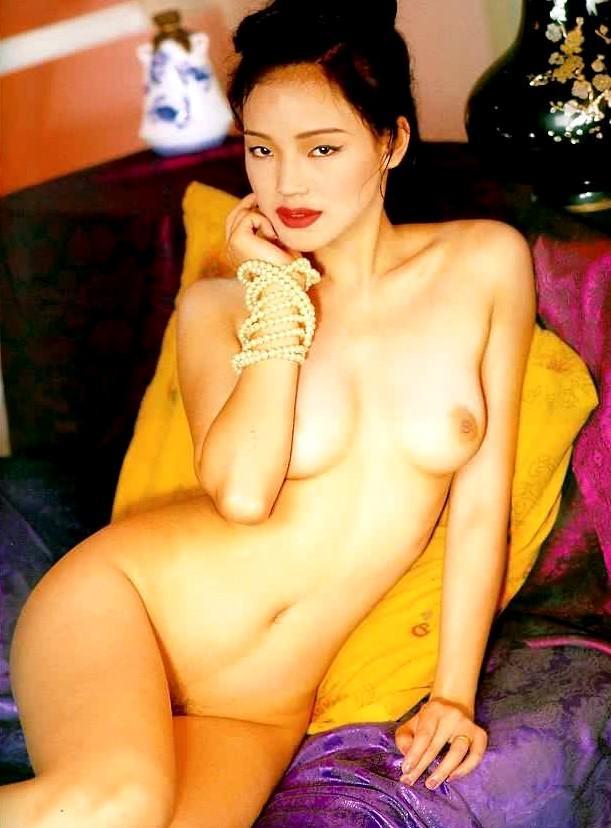 Шу Ци (Shu Qi) голая (снималась в