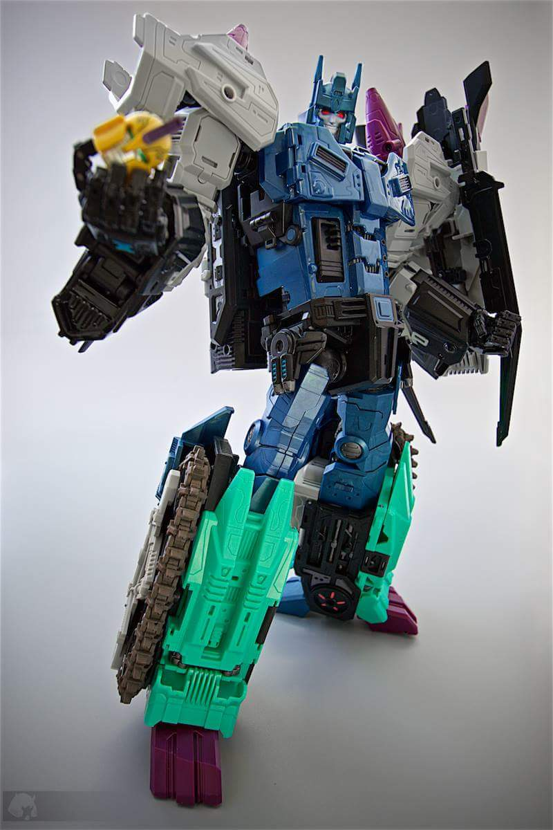 [Mastermind Creations] Produit Tiers - R-17 Carnifex - aka Overlord (TF Masterforce) - Page 3 IkObQ8wN