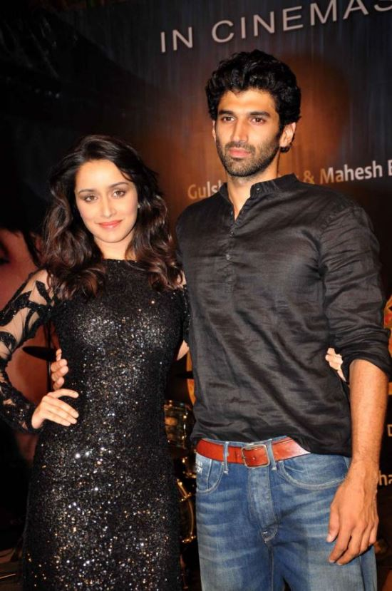 Celebs at Aashiqui 2 Movie Special Screening Adm9J9OU