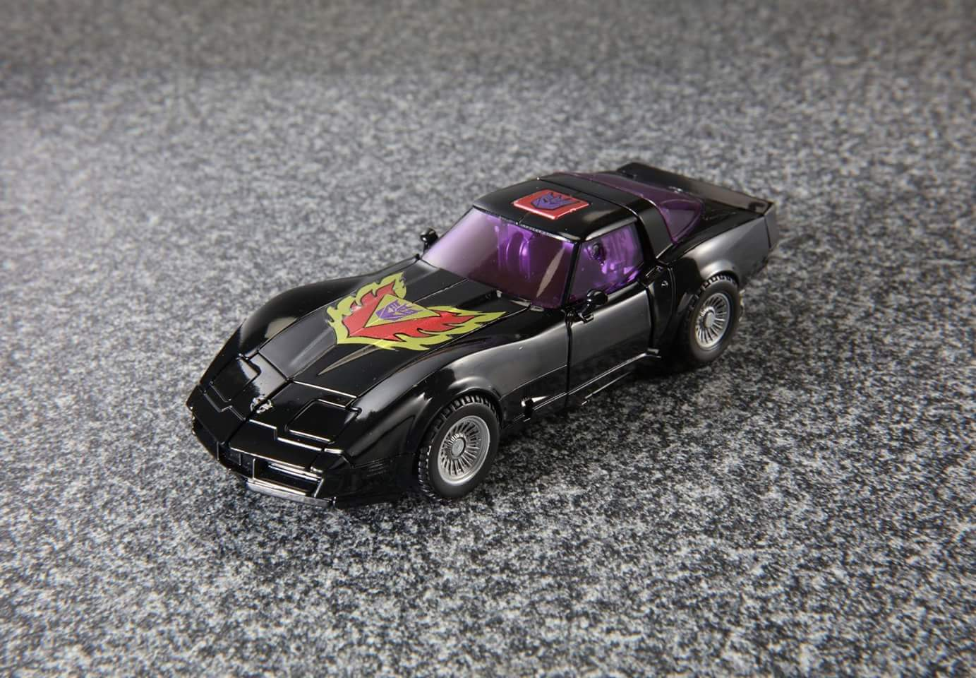 [Masterpiece] MP-25L LoudPedal (Rouge) + MP-26 Road Rage (Noir) ― aka Tracks/Le Sillage Diaclone - Page 2 FGvimm2R