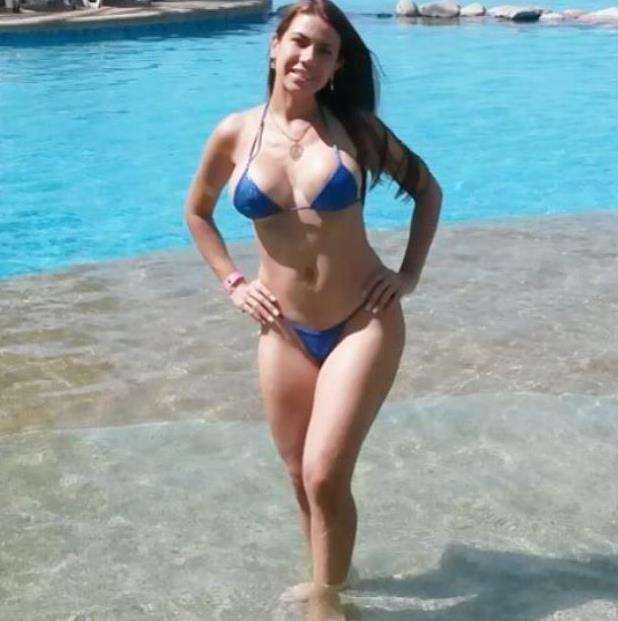 Playa Del Modelo De Micro Bikini Sexo Anal - esbiguznet