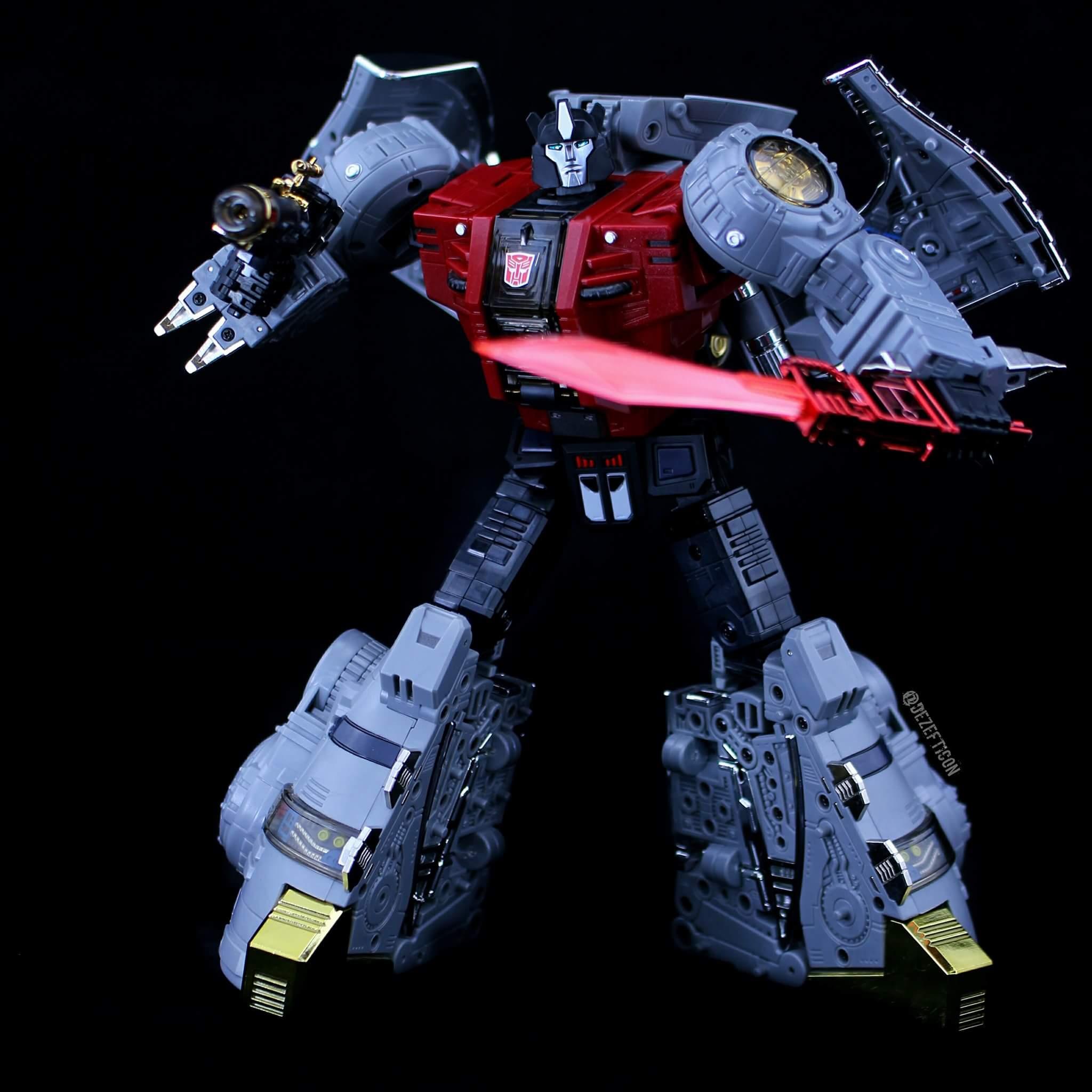[Fanstoys] Produit Tiers - Dinobots - FT-04 Scoria, FT-05 Soar, FT-06 Sever, FT-07 Stomp, FT-08 Grinder - Page 9 Omnsl1y2