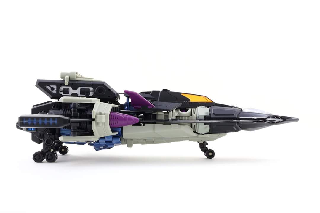 [Mastermind Creations] Produit Tiers - R-17 Carnifex - aka Overlord (TF Masterforce) - Page 3 Nn9EhqOU