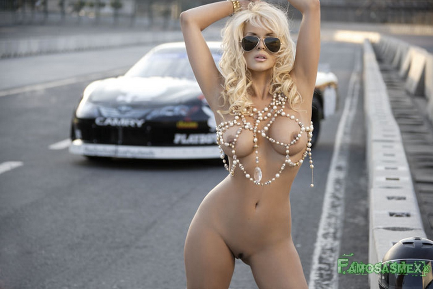 young tight girls with big boobs nude