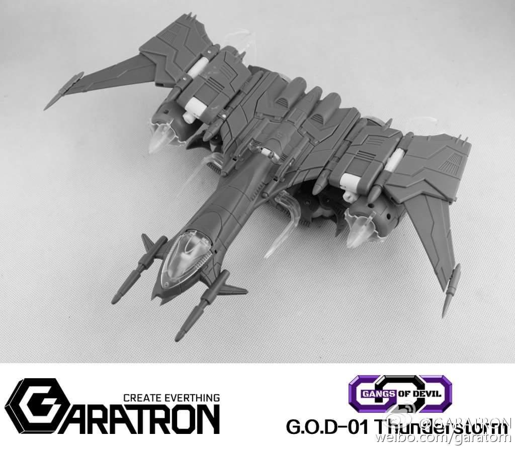 [Garatron] Produit Tiers - Gand of Devils G.O.D-01 Thunderstorm - aka Thunderwing des BD TF d'IDW D40PN9ED