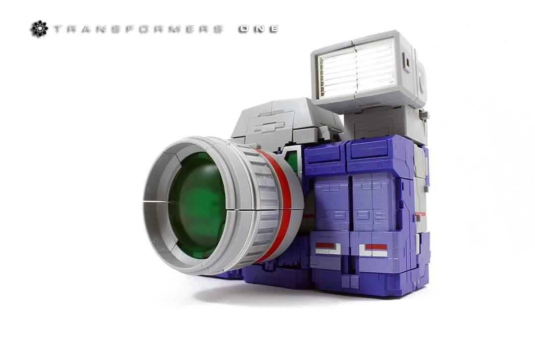 [Fanstoys] Produit Tiers - Jouet FT-11 Spotter - aka Reflector/Réflecteur - Page 2 U8RNd4ti