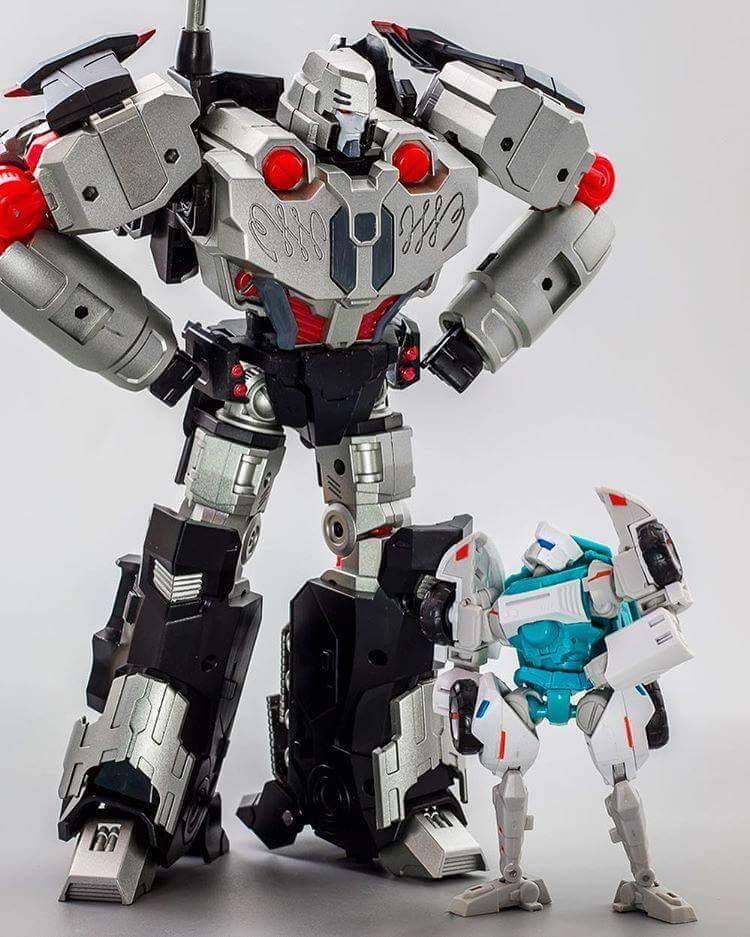 [Mastermind Creations] Produit Tiers - Reformatted R-28 Tyrantron - aka Megatron des BD IDW JEnsILxX
