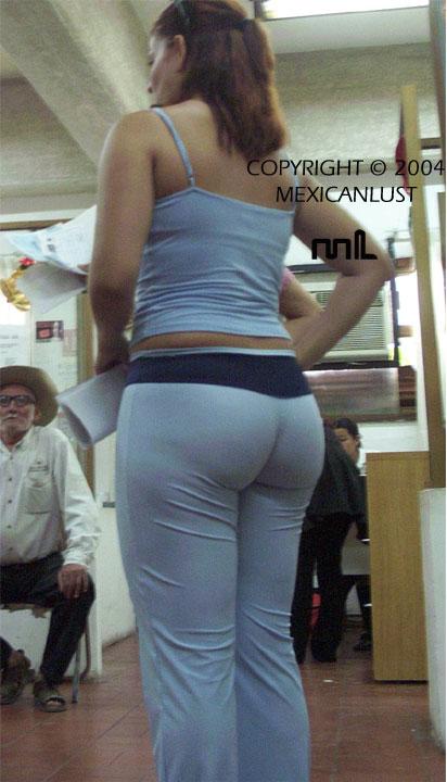 Asian girls upskirt panties