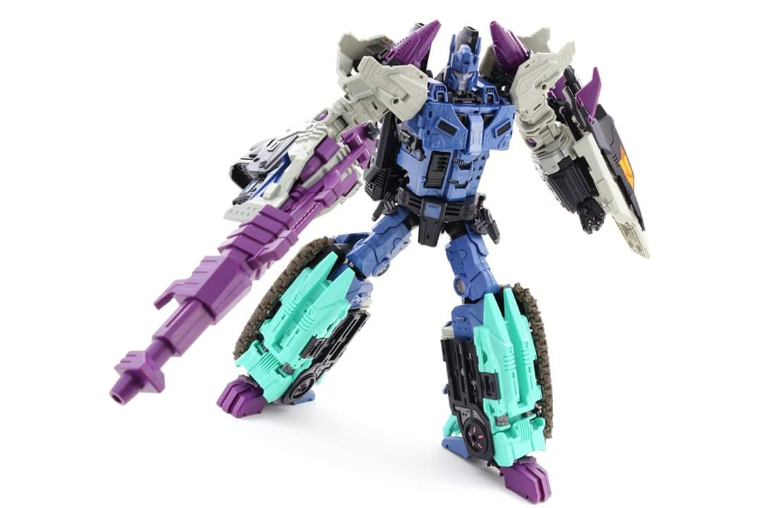 [Mastermind Creations] Produit Tiers - R-17 Carnifex - aka Overlord (TF Masterforce) - Page 3 WuFAOQjx