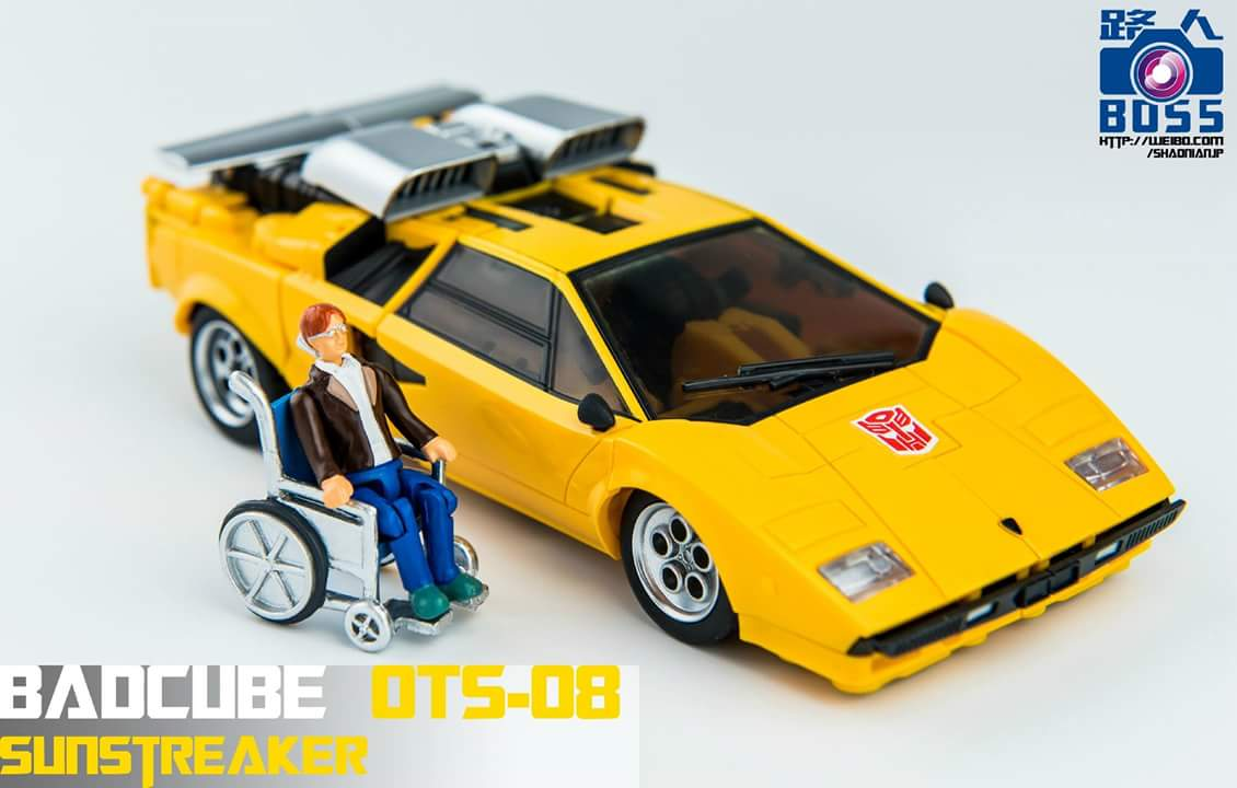 [BadCube] Produit Tiers - OTS-08 Sunsurge (aka Sunstreaker/Solo G1) + OTS-Special 01 Blaze (aka Sunstreaker/Solo Diaclone) - Page 3 21buXpxw