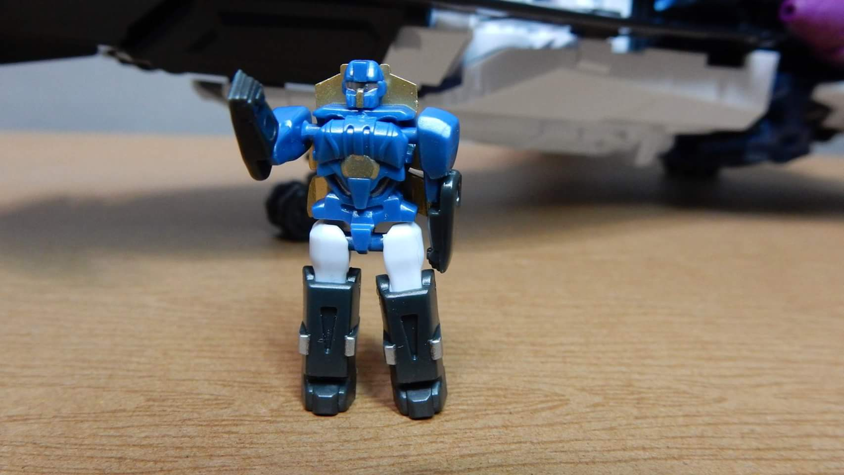 [Mastermind Creations] Produit Tiers - R-17 Carnifex - aka Overlord (TF Masterforce) - Page 3 PPGxSGQS