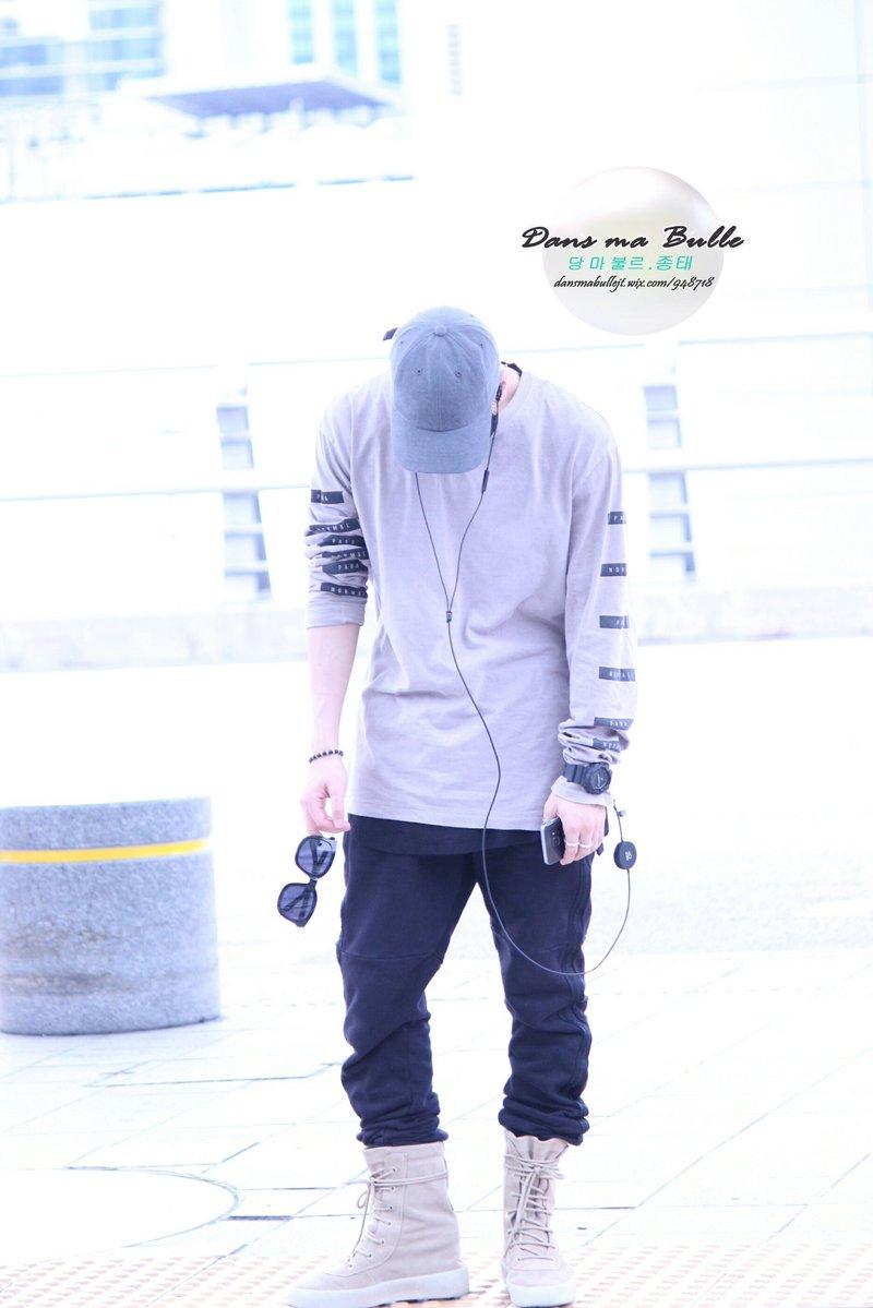 [IMG/160715] Jonghyun, Key @ Aeropuerto Incheon hacia Japón. EzxrHzH2