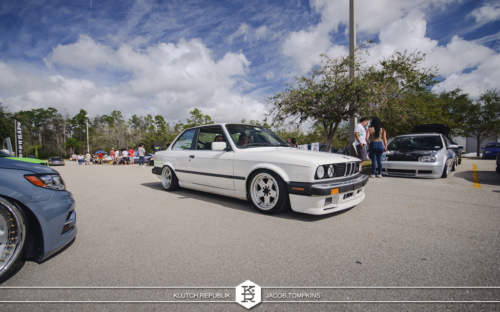 white e30 bmw 318 325 328 slammed stanced