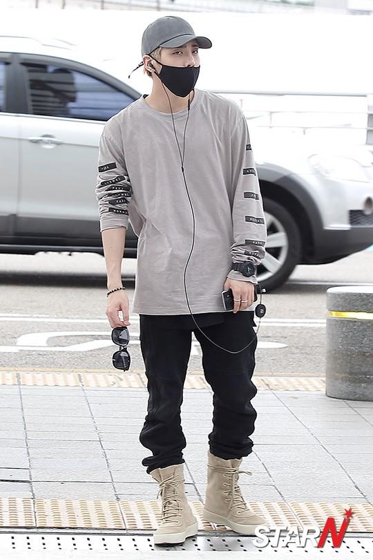 [IMG/160715] Jonghyun, Key @ Aeropuerto Incheon hacia Japón. E62I61xf