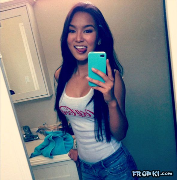 Sexiest Girls from Southeast Asia - Page 3 AdtJjQJ4