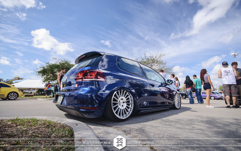 air bagged mk6 vw golf on rotiform wheels