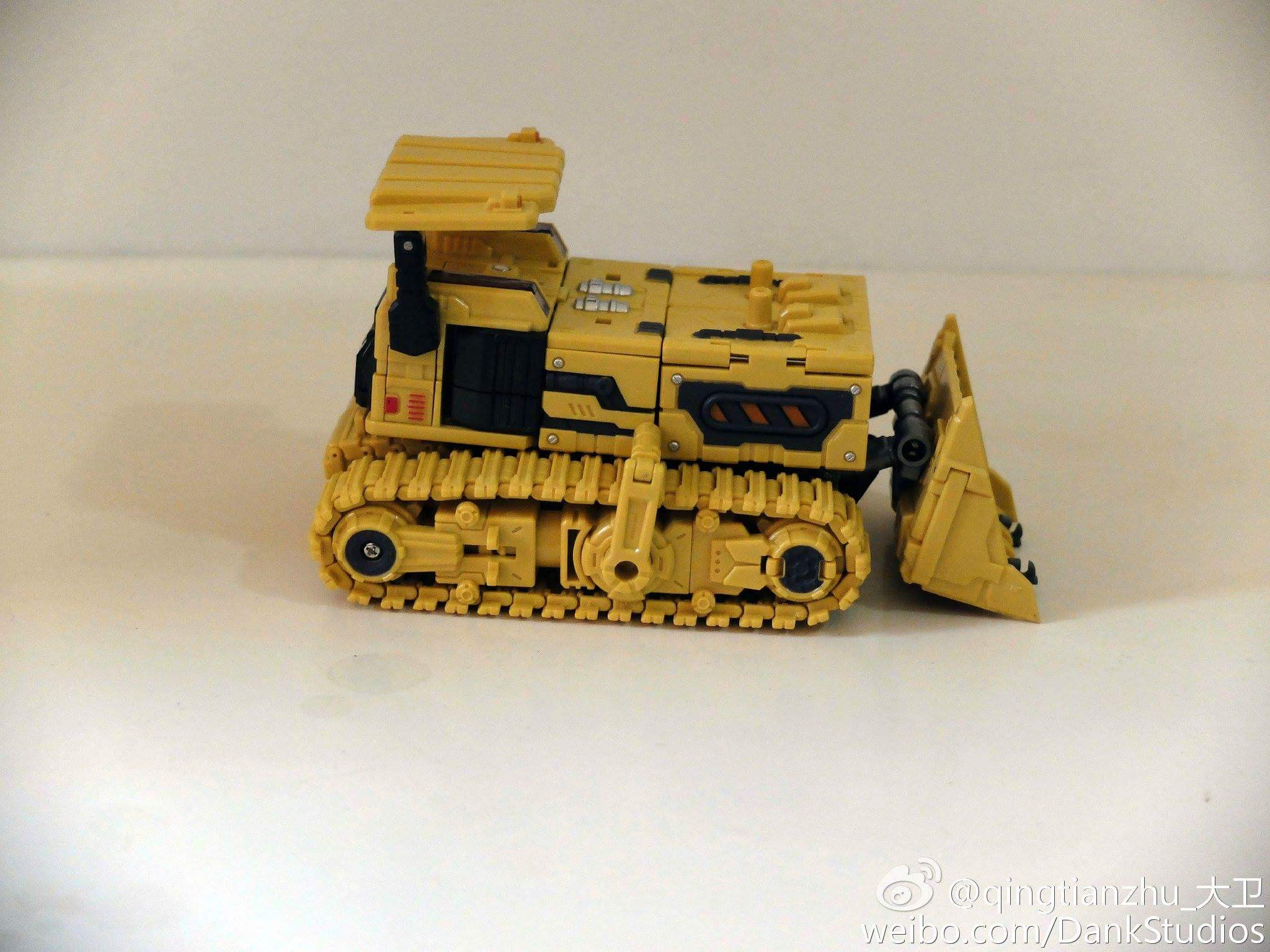 [Toyworld] Produit Tiers - Jouet TW-C Constructor aka Devastator/Dévastateur (Version vert G1 et jaune G2) - Page 8 Gz7FZznn