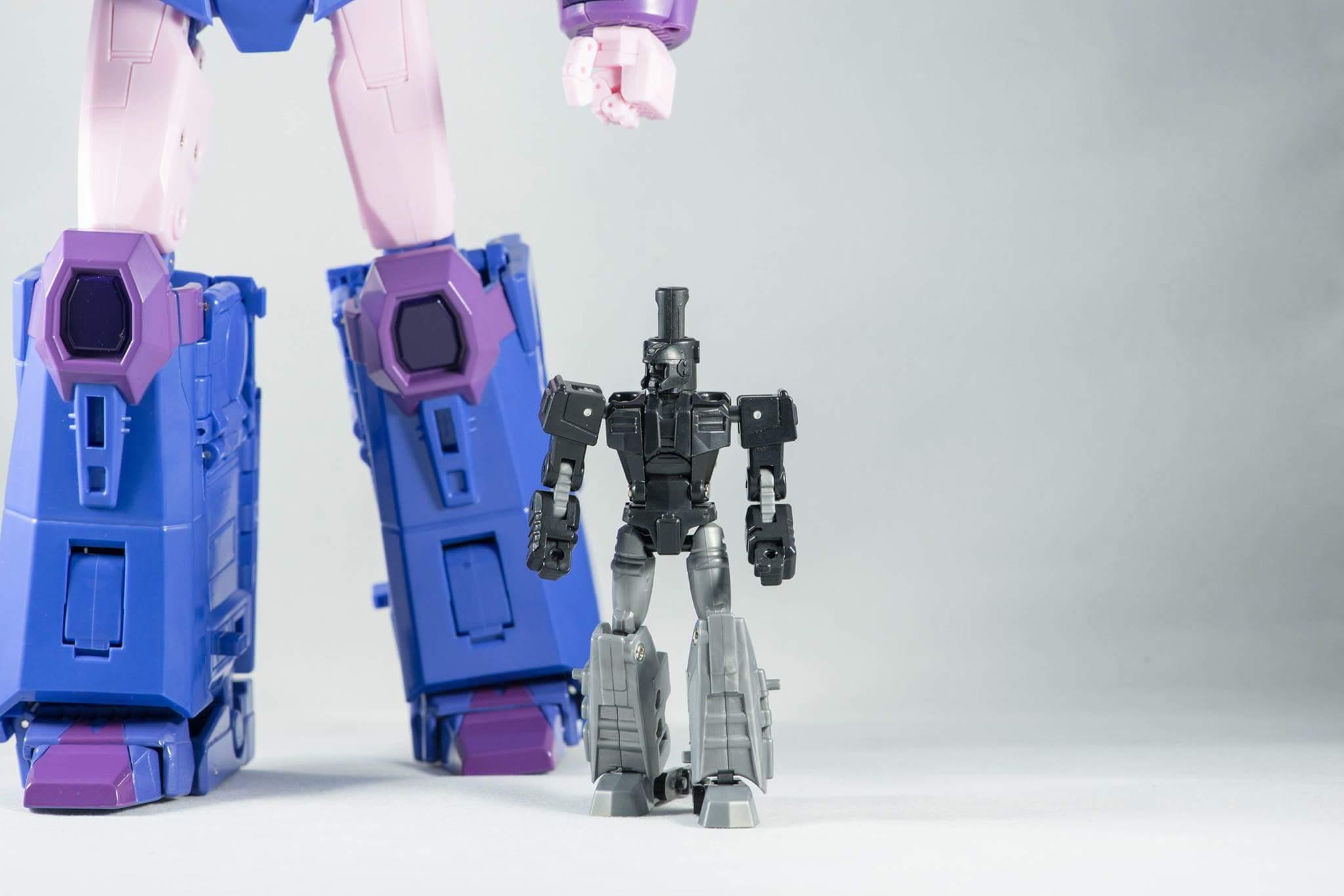 [X-Transbots] Produit Tiers - MX-III Eligos - aka Cyclonus - Page 3 AWQl9LV0