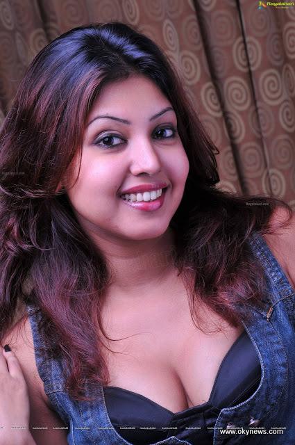Komal Jha Latest Hot Photoshoot Stills#1 13 images AcbKtOsg