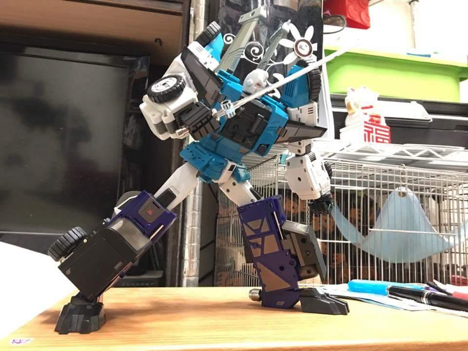 [DX9 Toys] Produit Tiers - Jouet D10 Hanzo - aka Sixshot/Hexabot - Page 2 7sp7BEub