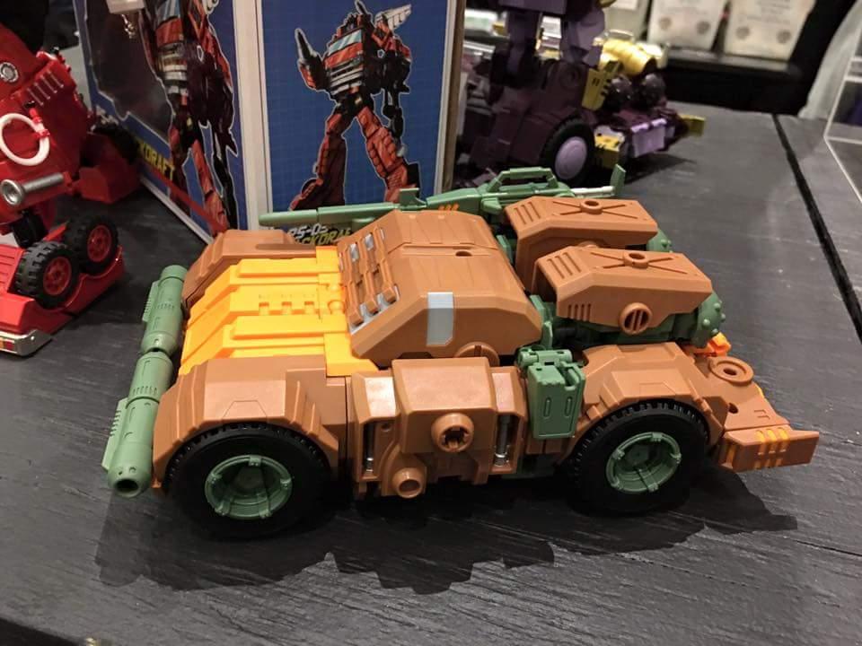 [Mastermind Creations] Produit Tiers - R-23 Dicamus - aka Roadbuster/Cahot des Wreckers IDW KMAlXwvx