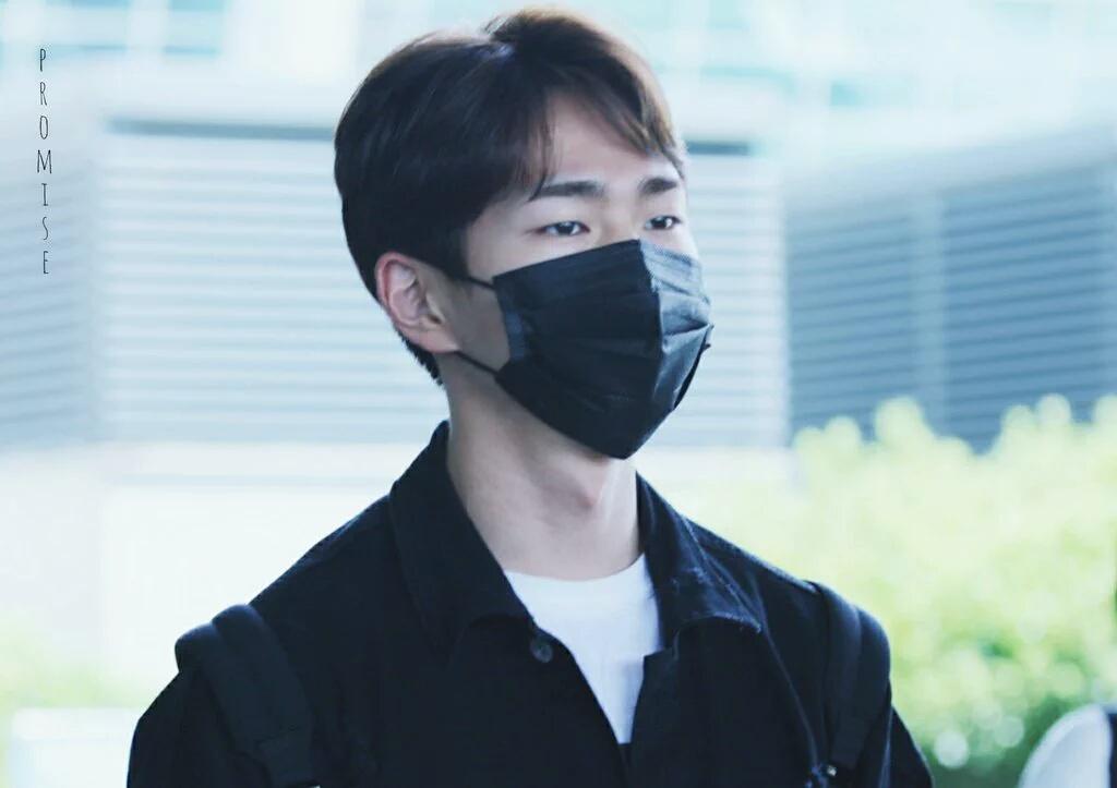 [IMG/160718] Onew, Jonghyun, Key, Minho @Aeropuerto de Kansai e Incheon (Jap-Cor) XTZkdDqq