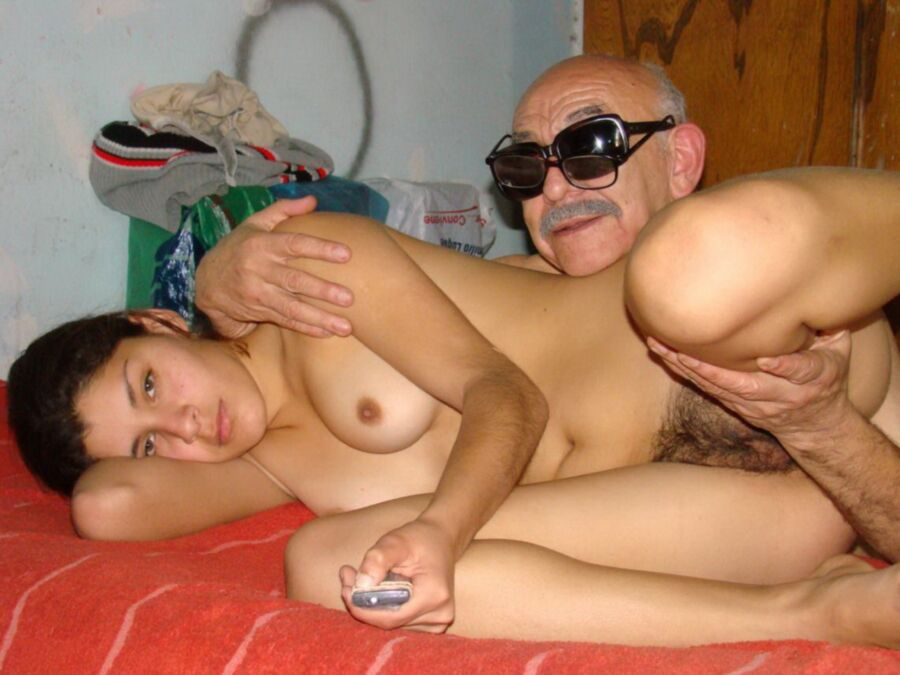 fotos de putas tetonas desnudas viejo vs joven