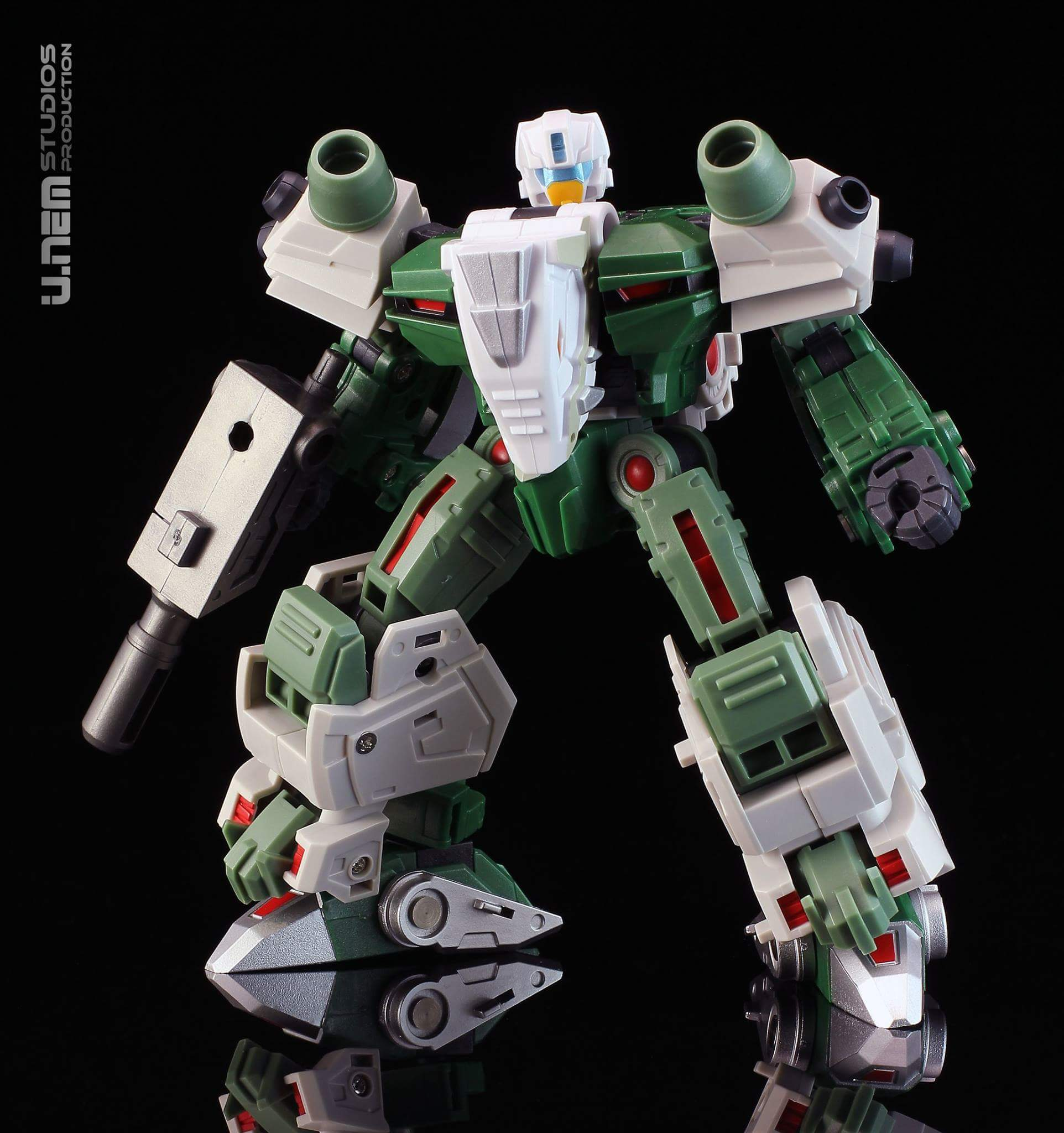 [FansProject] Produit Tiers - Jouet Saurus Ryu-oh aka Dinoking (Victory) | Monstructor (USA) - Page 3 Yy1dSWW4